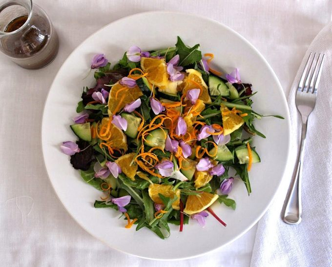 Spring-Salad-with-Edible-Flowers-Dandelion-Greens